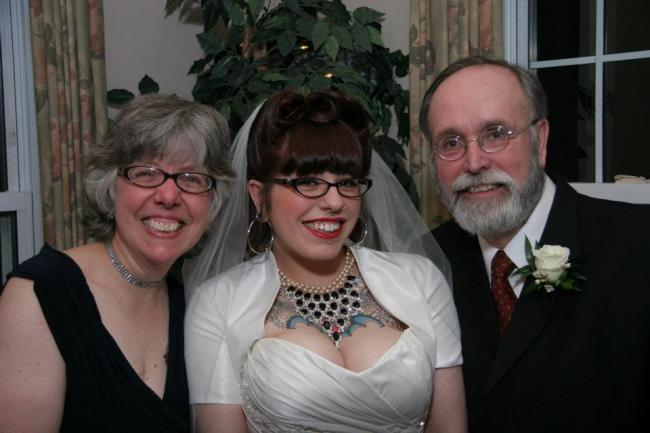 mom and dad, parents, wedding, bride