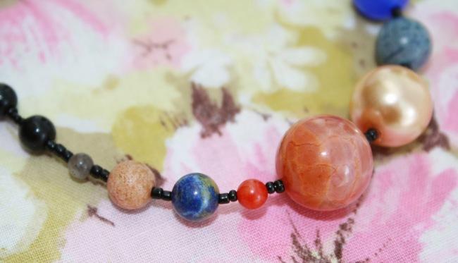 planet_necklace_2